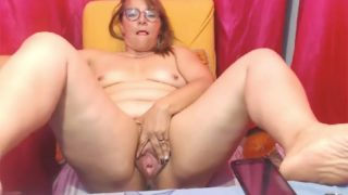 Big Pussy on Cam